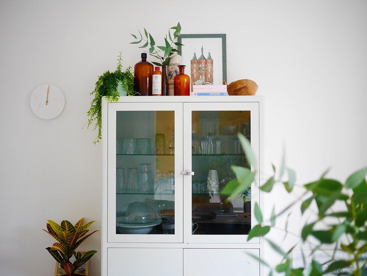 De bovenkant van je kast stylen en decoreren - Decoratie van een kamer ...
