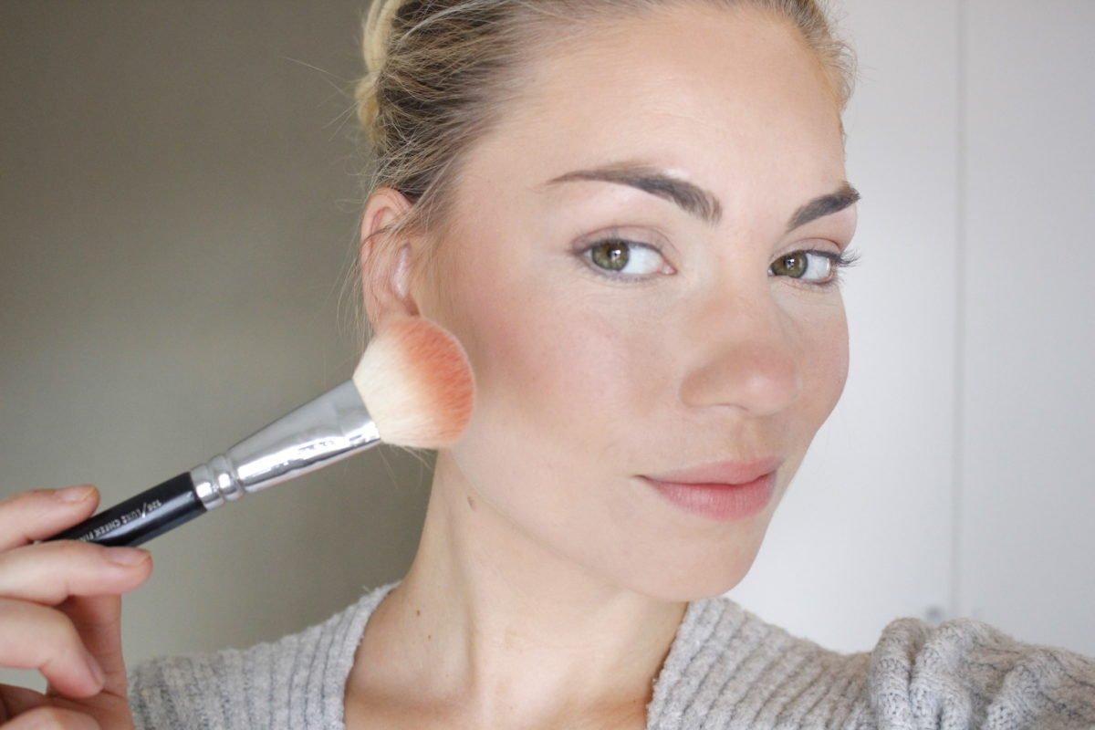 Makeup Revolution Ultra Sculpt & Contour Kit palette